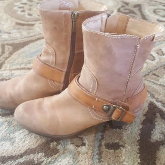 PIKOLINOS Shoes - Leather booties